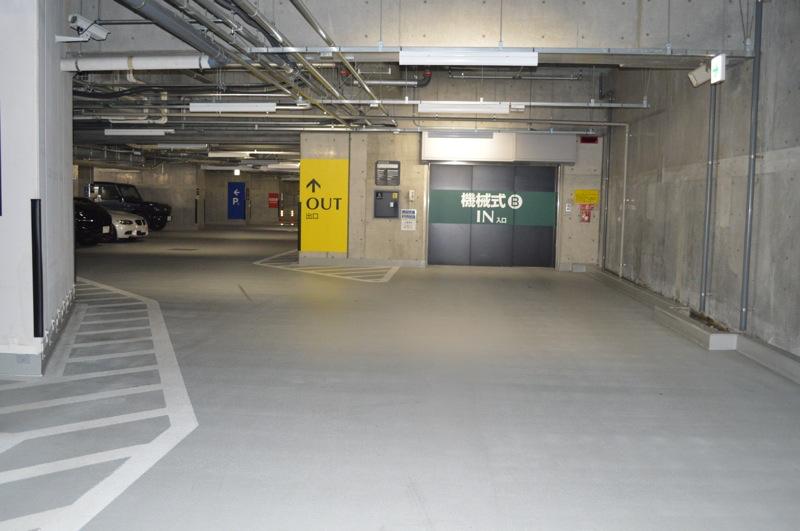 屋内機械式駐車場