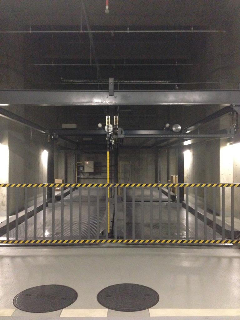 機械昇降式(上・下段)月極駐車場