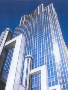 川崎駅前タワー・リバーク月極駐車場