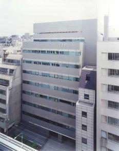 住友不動産日本橋本町ビル月極駐車場