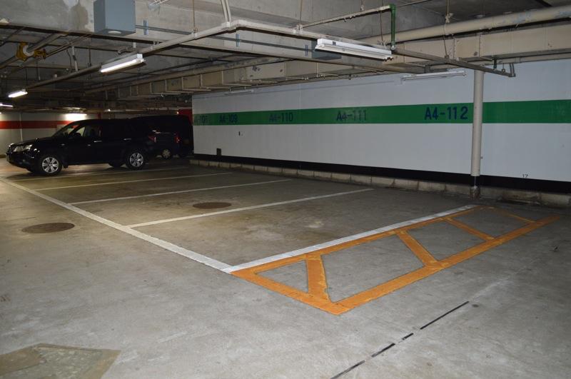 駐車場はすべて平面自走式