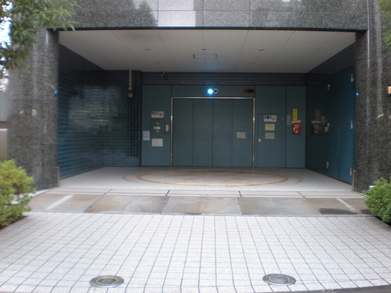 ハイルーフ対応可の機械式駐車場