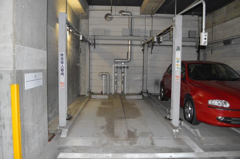 単純二段機械式駐車場